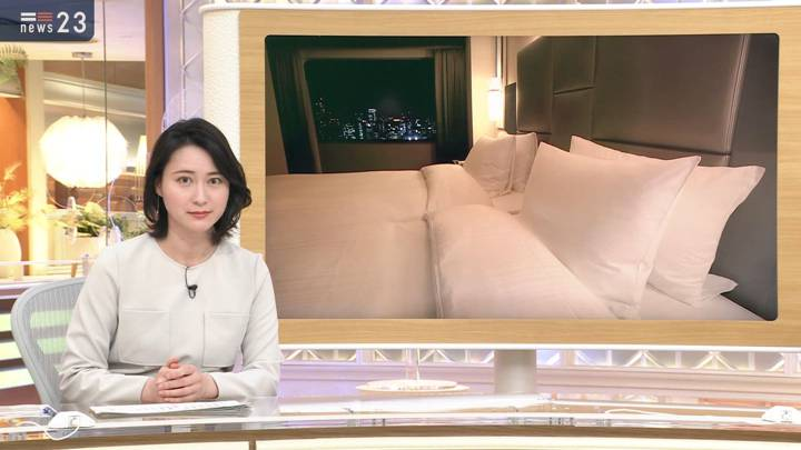 2020年10月22日小川彩佳の画像03枚目