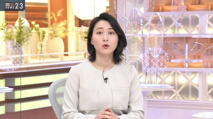 2020年10月22日小川彩佳の画像10枚目