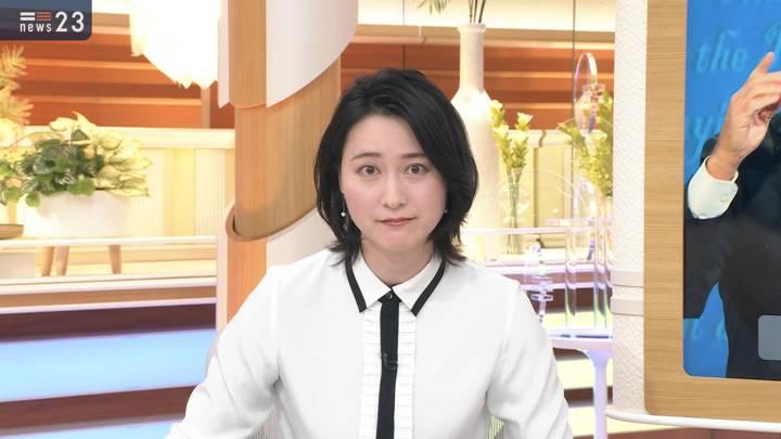 2020年10月23日小川彩佳の画像03枚目