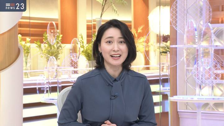 2020年10月27日小川彩佳の画像16枚目