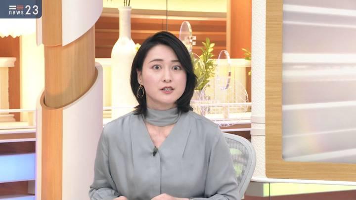 2020年10月28日小川彩佳の画像03枚目