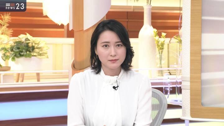 2020年11月03日小川彩佳の画像05枚目
