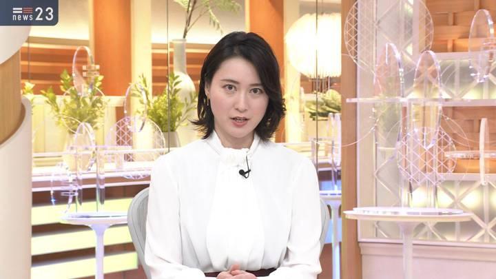 2020年11月03日小川彩佳の画像09枚目