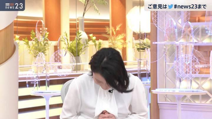 2020年11月03日小川彩佳の画像10枚目