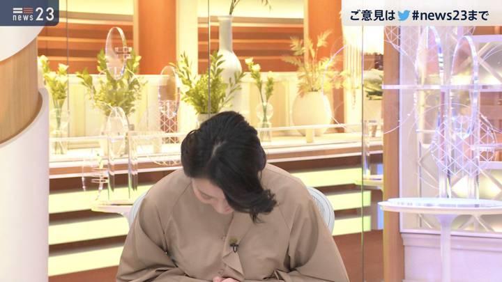 2020年11月04日小川彩佳の画像15枚目