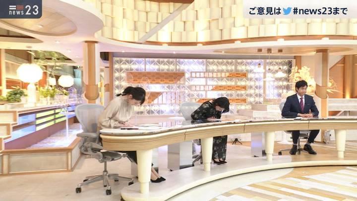 2020年11月06日小川彩佳の画像11枚目
