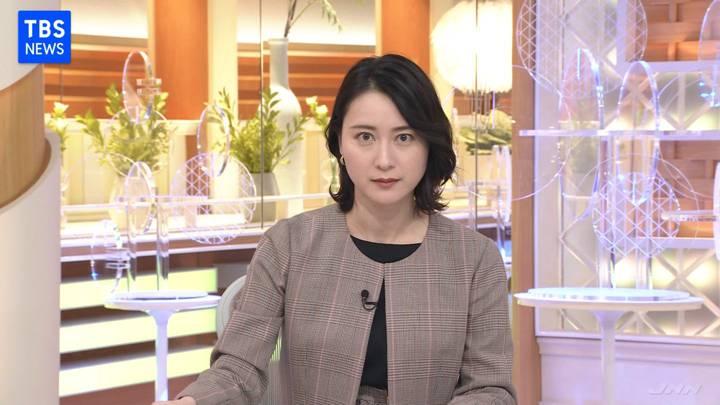2020年11月10日小川彩佳の画像03枚目