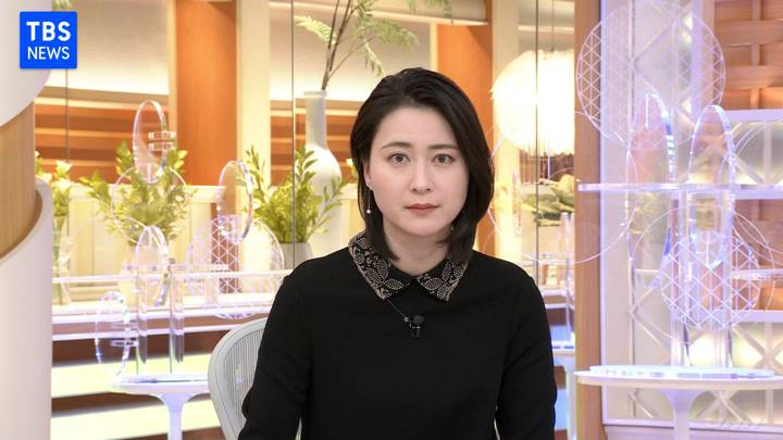 2020年11月13日小川彩佳の画像03枚目