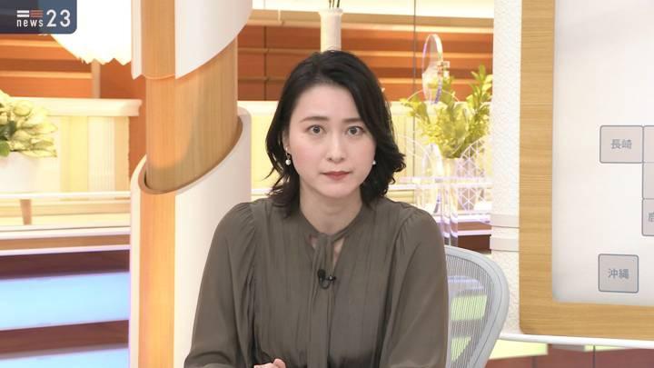 2020年11月18日小川彩佳の画像02枚目