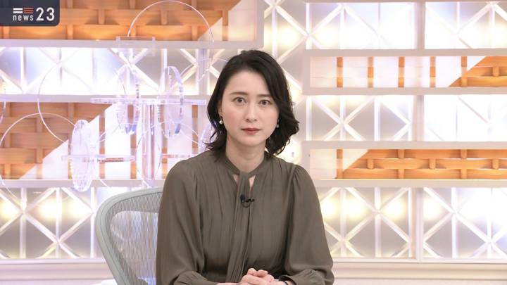 2020年11月18日小川彩佳の画像05枚目