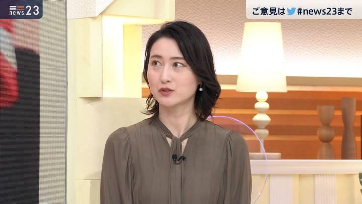 2020年11月18日小川彩佳の画像10枚目
