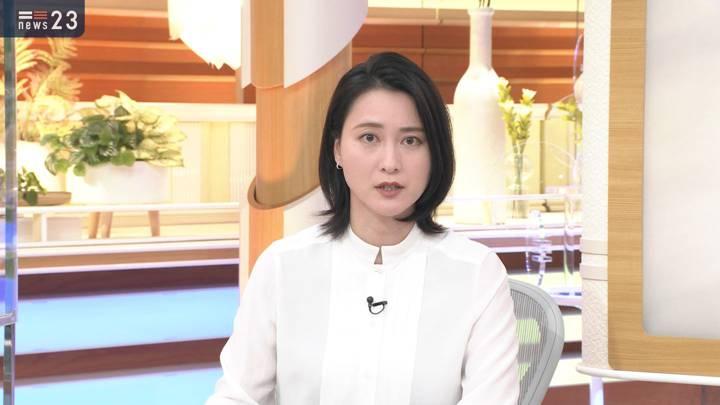 2020年11月19日小川彩佳の画像04枚目