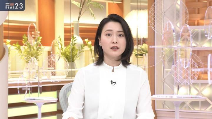 2020年11月19日小川彩佳の画像09枚目