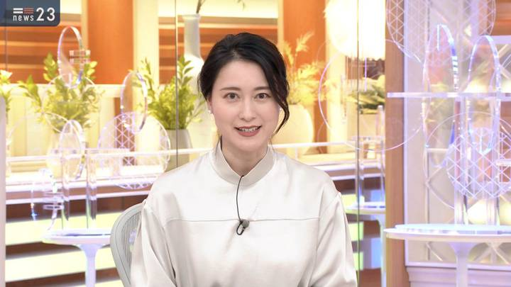 2020年11月20日小川彩佳の画像03枚目