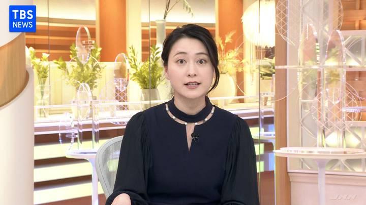 2020年11月23日小川彩佳の画像02枚目