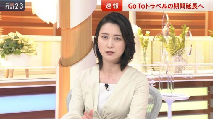 2020年12月02日小川彩佳の画像03枚目
