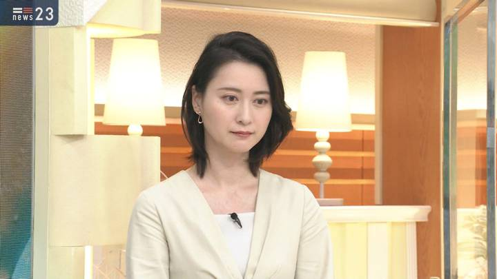2020年12月02日小川彩佳の画像07枚目