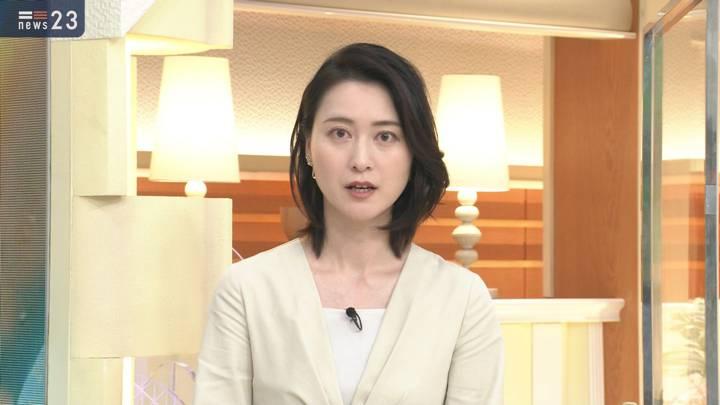 2020年12月02日小川彩佳の画像08枚目