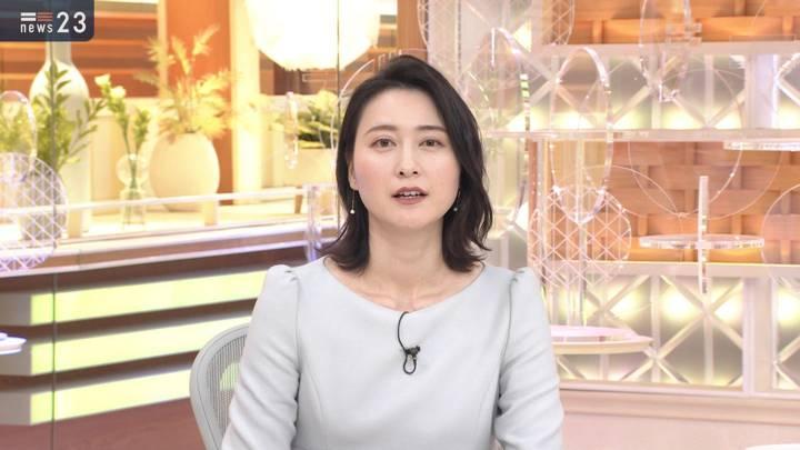 2020年12月03日小川彩佳の画像09枚目
