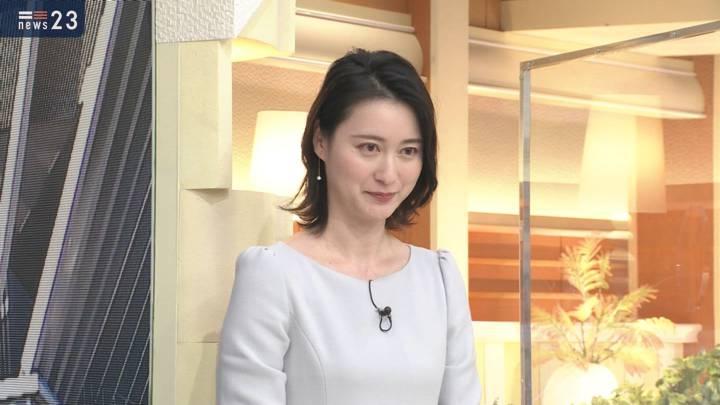 2020年12月03日小川彩佳の画像10枚目