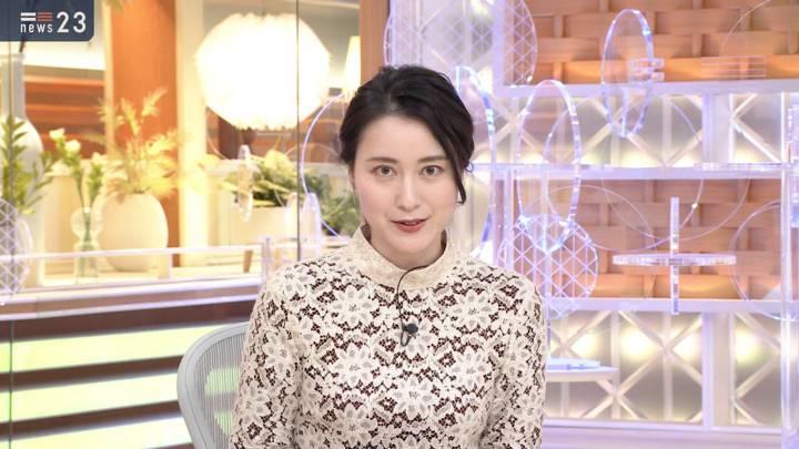 2020年12月04日小川彩佳の画像05枚目