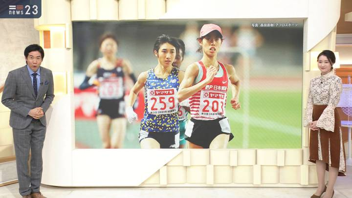 2020年12月04日小川彩佳の画像08枚目