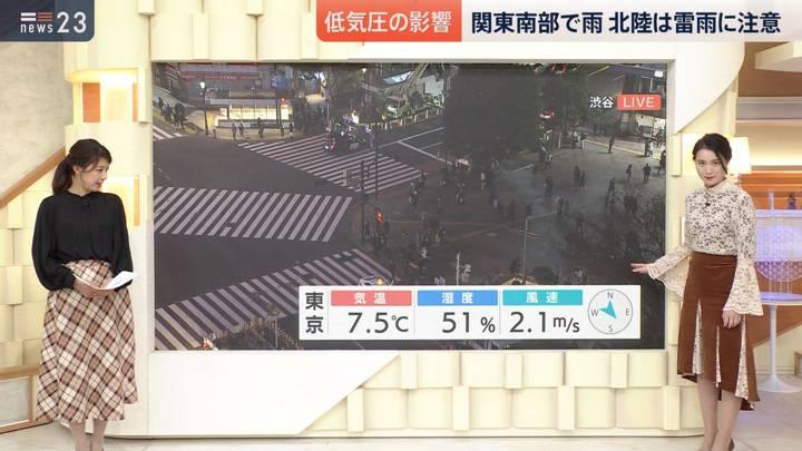 2020年12月04日小川彩佳の画像10枚目
