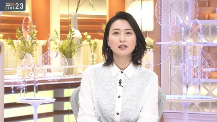 2020年12月07日小川彩佳の画像05枚目
