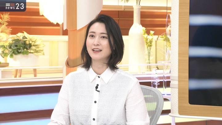 2020年12月07日小川彩佳の画像09枚目