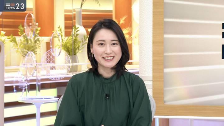 2020年12月14日小川彩佳の画像01枚目