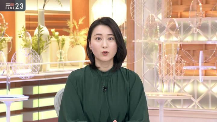 2020年12月14日小川彩佳の画像02枚目
