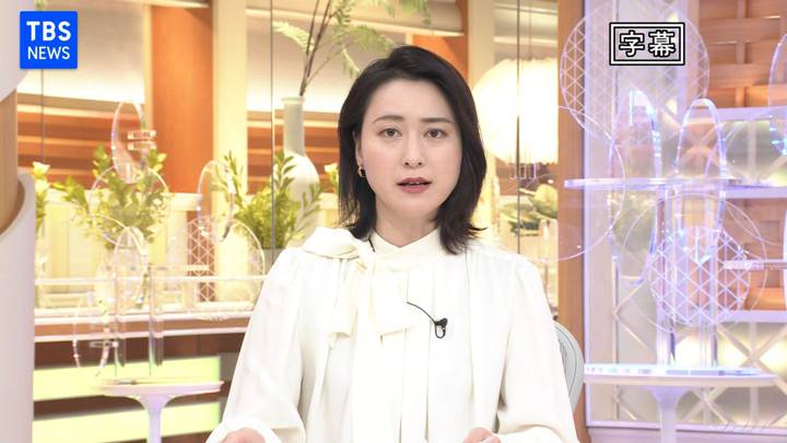 2020年12月15日小川彩佳の画像01枚目