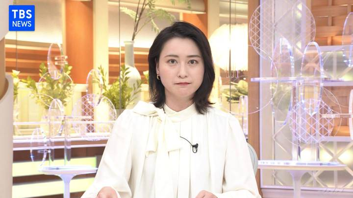 2020年12月15日小川彩佳の画像02枚目