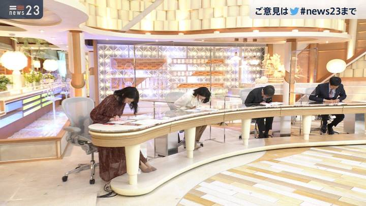2020年12月15日小川彩佳の画像14枚目