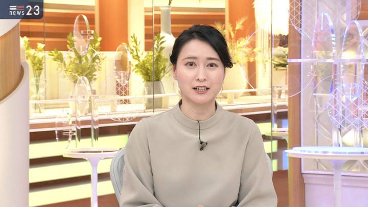 2020年12月16日小川彩佳の画像12枚目