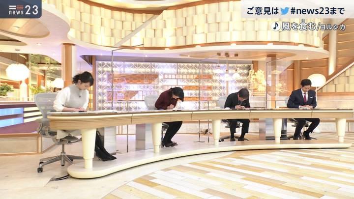 2020年12月17日小川彩佳の画像15枚目