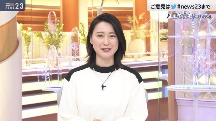 2020年12月23日小川彩佳の画像12枚目