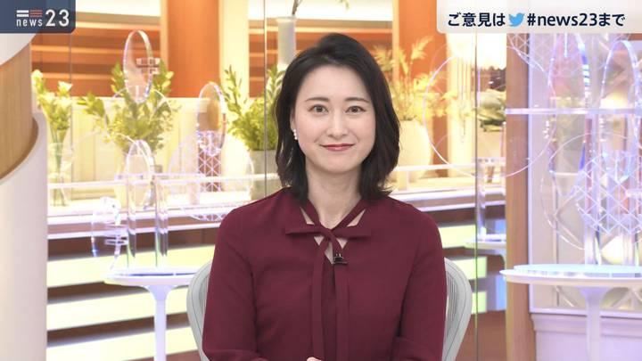 2020年12月24日小川彩佳の画像12枚目