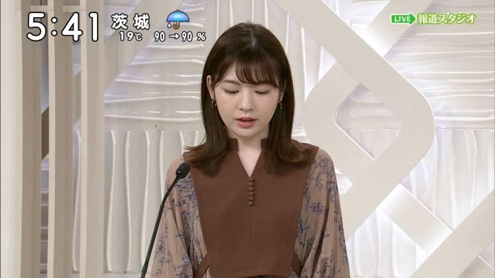 2020年10月10日佐藤真知子の画像02枚目