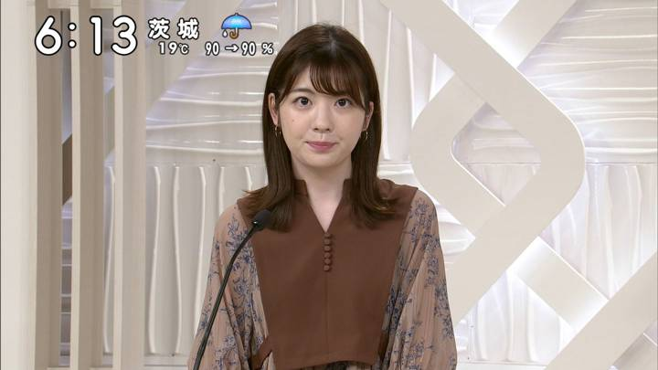 2020年10月10日佐藤真知子の画像04枚目