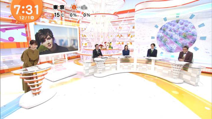 2020年12月01日鈴木唯の画像05枚目