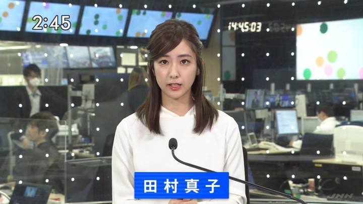 2020年12月18日田村真子の画像13枚目