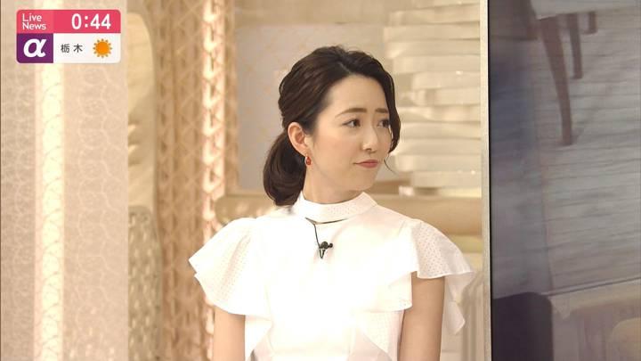 2020年05月01日内田嶺衣奈の画像16枚目