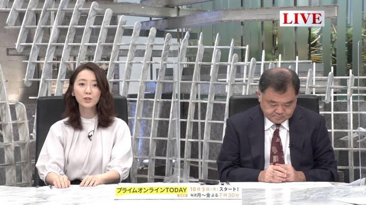 2020年09月30日内田嶺衣奈の画像03枚目