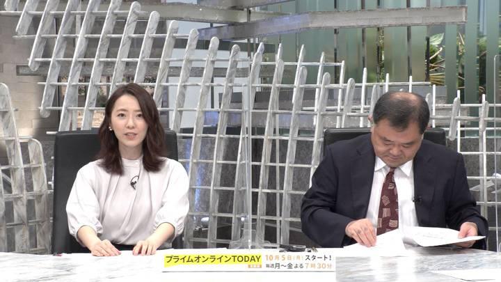 2020年09月30日内田嶺衣奈の画像04枚目