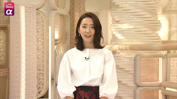 2020年10月23日内田嶺衣奈の画像18枚目