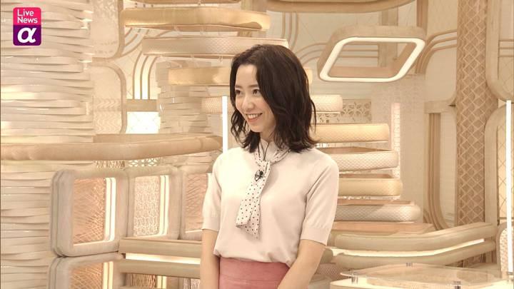 2020年10月30日内田嶺衣奈の画像19枚目