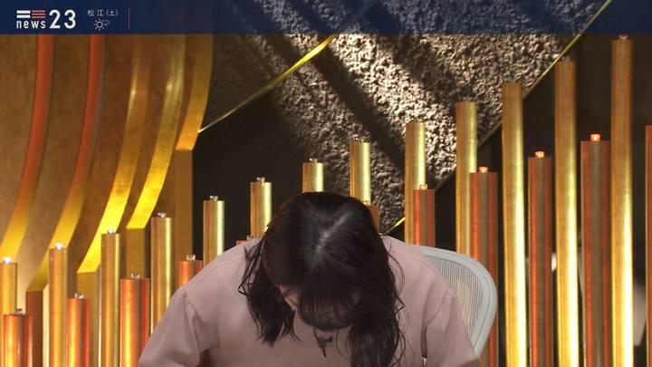 2020年04月03日山本恵里伽の画像09枚目