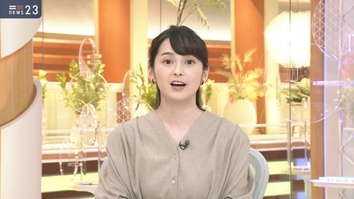 2020年10月13日山本恵里伽の画像03枚目