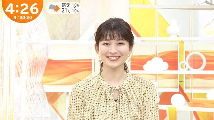 2020年09月30日山本里菜の画像04枚目